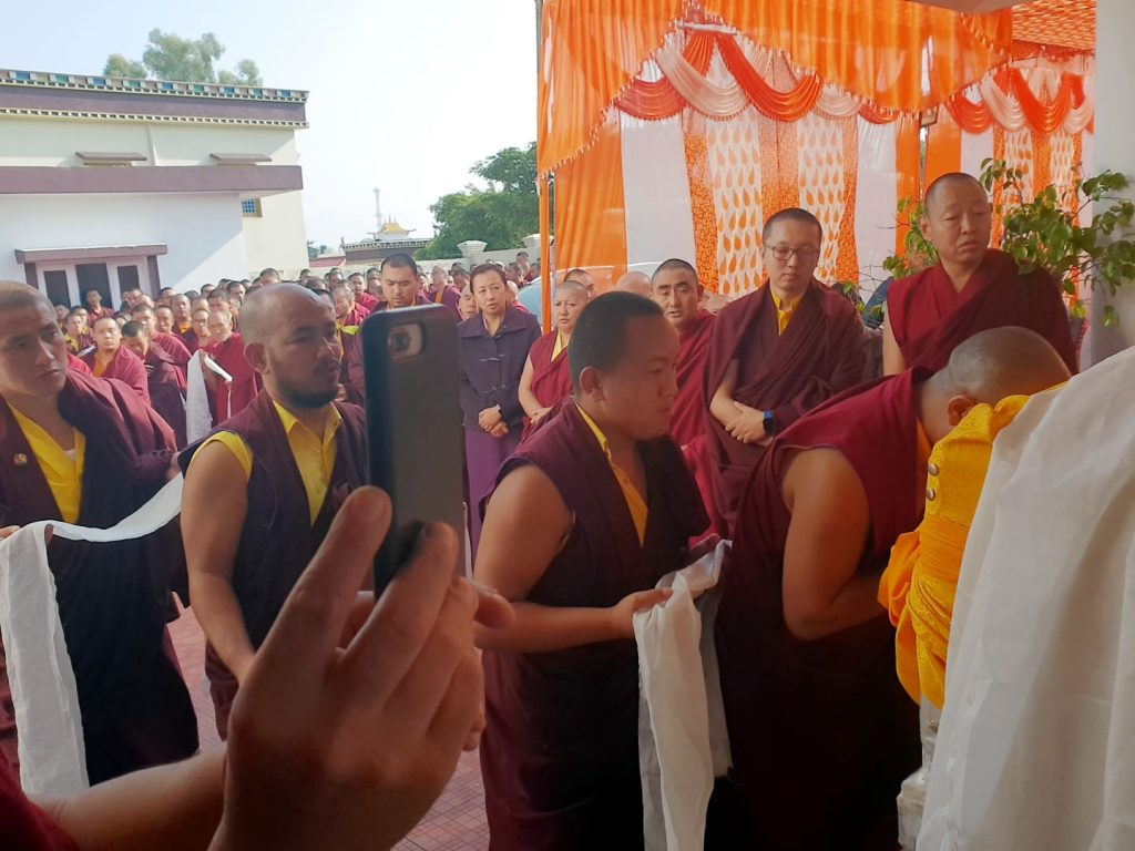 The Arrival of the Kuphung of Lodi Gyari Rinpoche