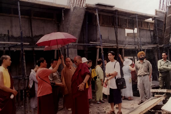 HE Khochhen Rinpoche and Ven. Master Ti Ching touring the early stages of the Great Stupa construction